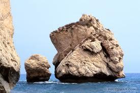 Aphrodites_rock3